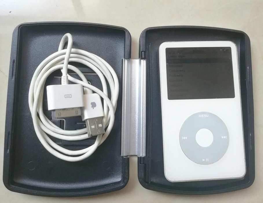 <strong>ipod</strong> DE 80 GB Y PORTA <strong>ipod</strong> CON BAFLES INALAMBRICOS