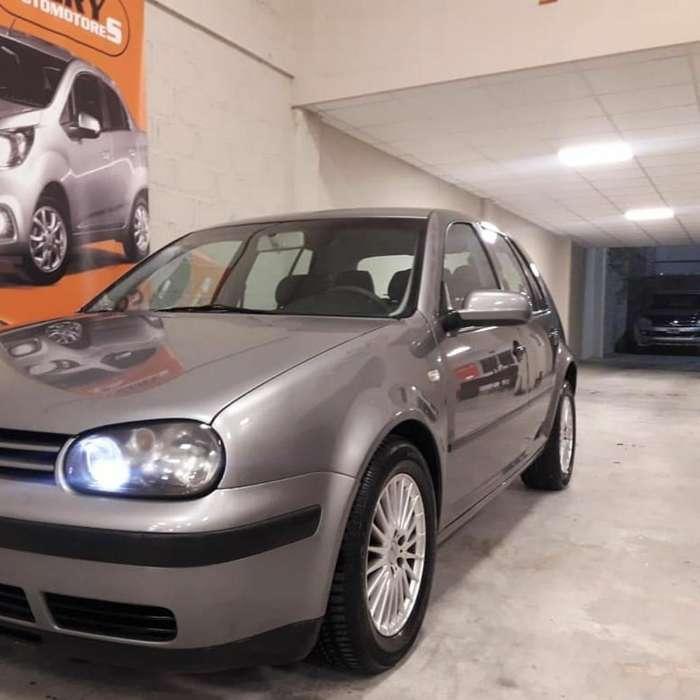Volkswagen Golf 2006 - 105000 km