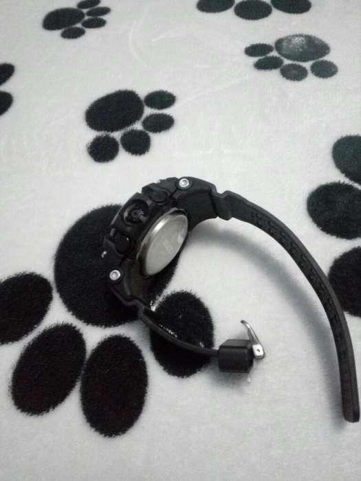 Vendo Reloj con Bluetooth Nuevo