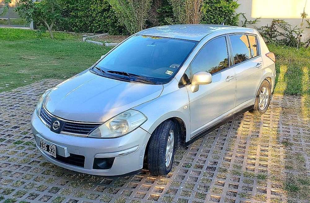 Nissan Tiida 2009 - 171000 km