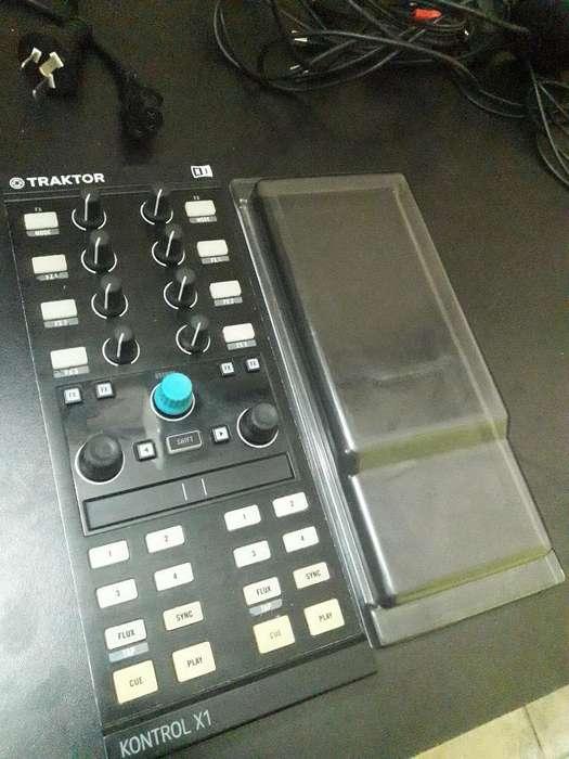 Controlador Traktor Kontrol X1 Mk2