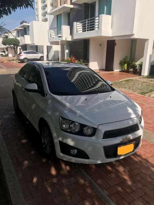 Chevrolet Sonic 2015 - 80000 km