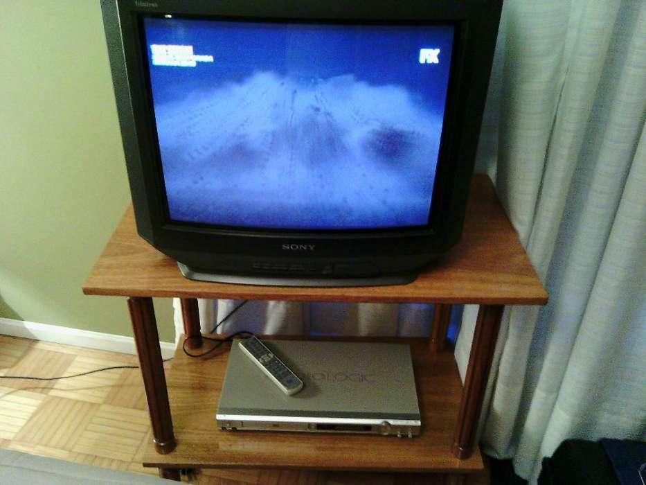 <strong>televisor</strong> sony dvd mesa