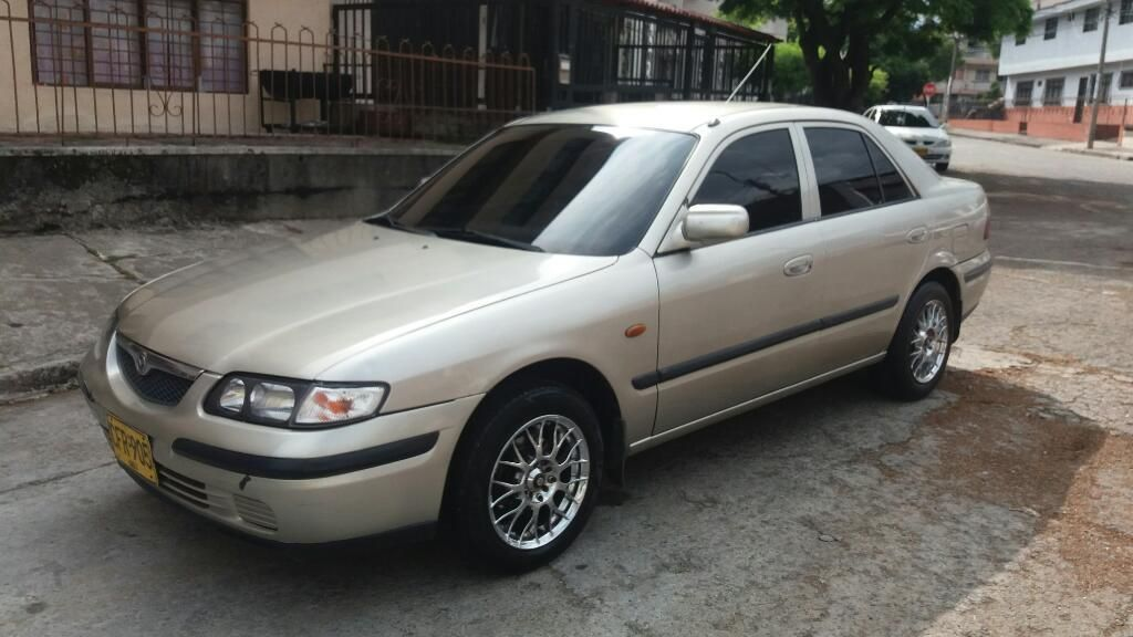 Venpermuto Hermoso Mazda Milenio 2000
