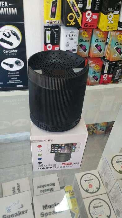 Parlante Bluetooth C Radio C Usb C Lecto