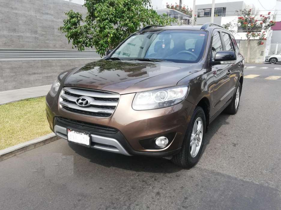 Hyundai Santa Fe 2010 - 76823 km