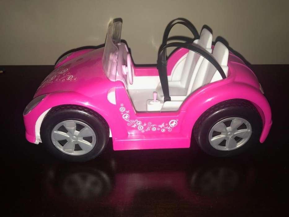 Auto de Barbie Impecable