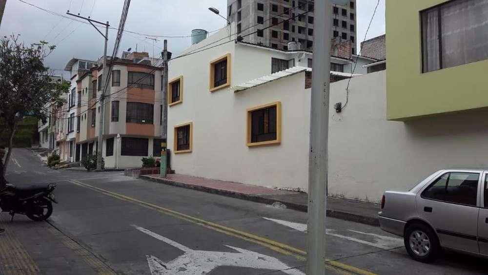 VENDO excelente casa esquinera ubicada a lado barrio sumatambo cerca al exito,