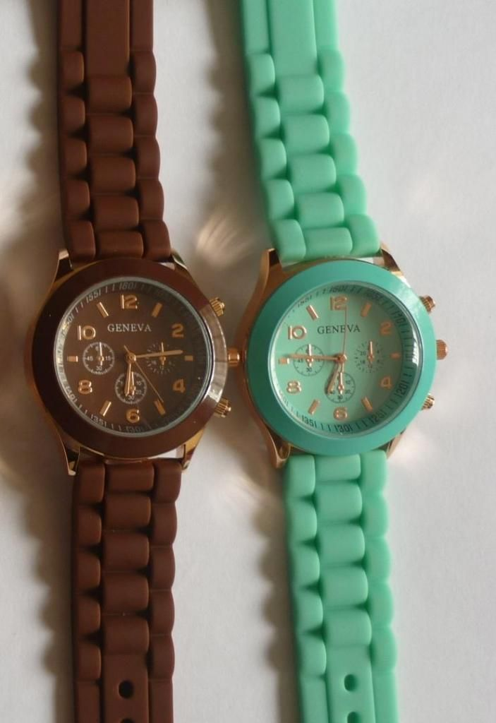 91cadf617 Reloj Pulsera Damas Geneva de Silicona. Reloj para Mujer. - Lima