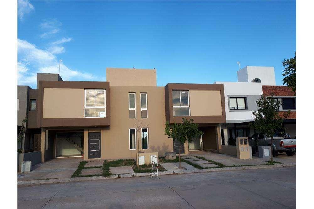 Venta nuevo duplex 3 dormitorios Chacras del Norte