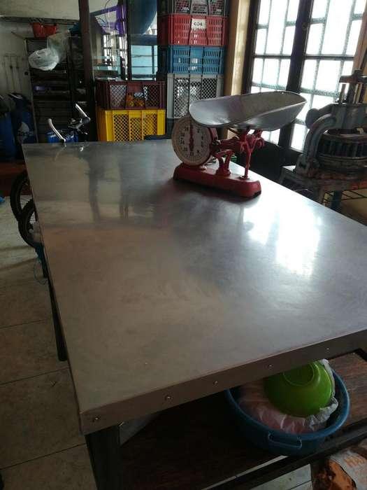 Mesa para Panaderia Acero Inoxidable.