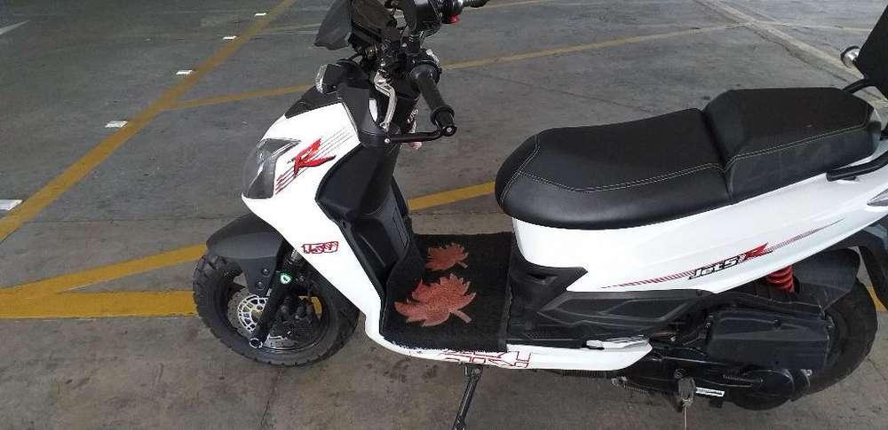 Vendo Moto Akt 150 <strong>nueva</strong>