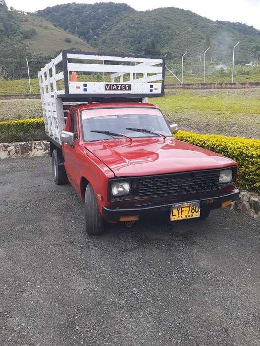 Se Vende Camioneta Mazda Modelo 86