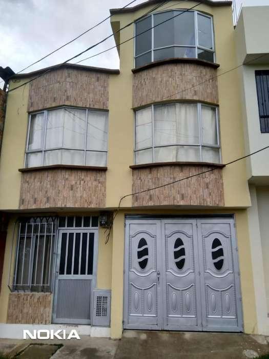 Vendo Hermosa Casa de 2 <strong>apartamento</strong>s