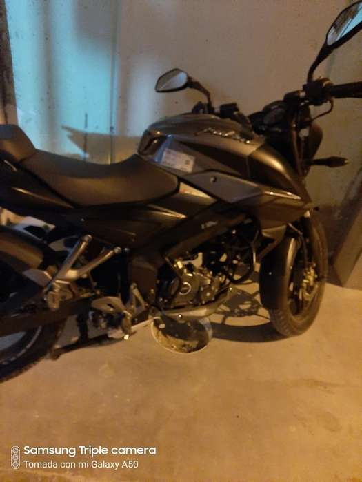Vendo Moto Pulsar Ns 160 Fi,estado 10/10