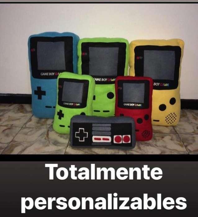Peluche Game Boy