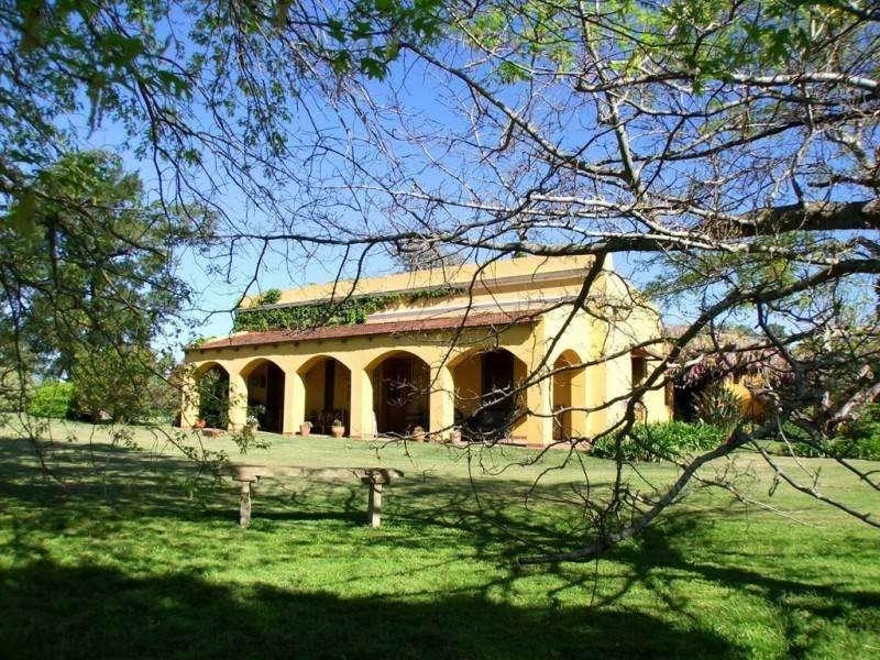 lc15 - <strong>estancia</strong> para 2 a 6 personas con pileta y cochera en Victoria