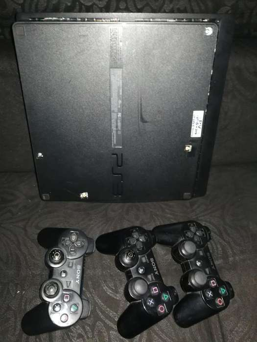 Vendo Play 3 Tres Controles