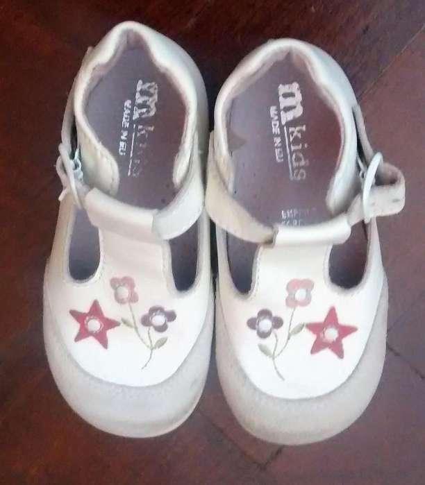 Zapatos de nena TALLE 21