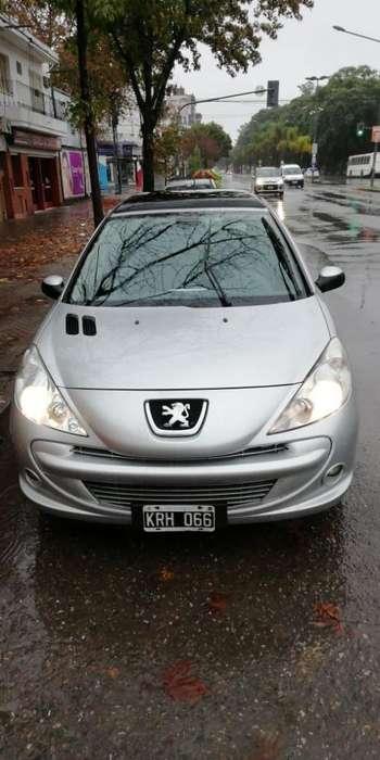 Peugeot 207 Compact 2011 - 90000 km