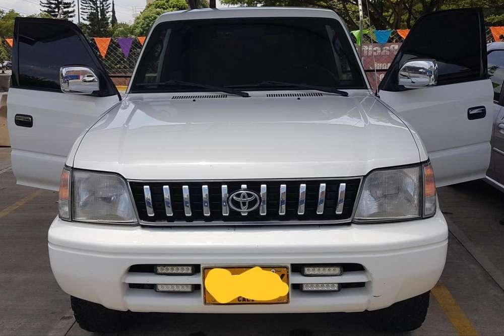 Toyota Prado 2005 - 157970 km