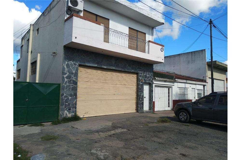 Alquiler Local sobre Avenida 413, Gutiérrez