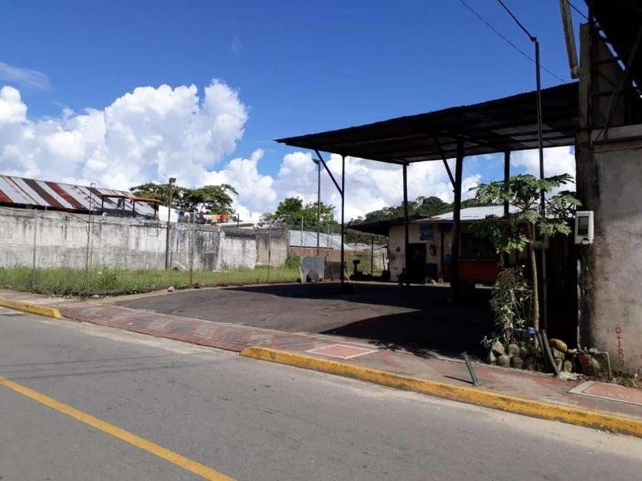 venta terreno con casa en Tena - Napo