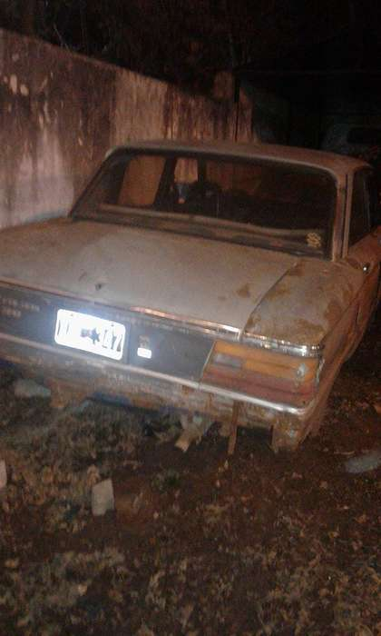 Ford Falcon 1986 - 300000 km