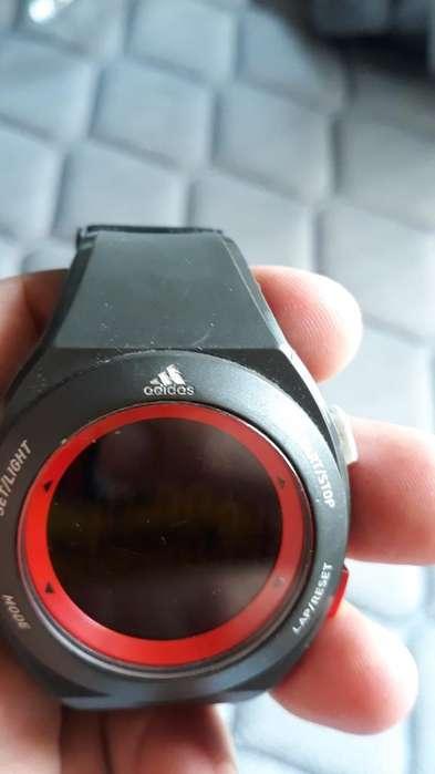 Reloj Adidas Usado Broche Roto Vendo