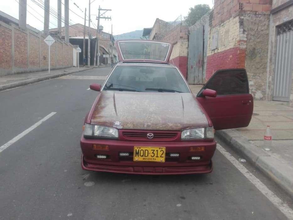 Mazda 323 1995 - 300000 km