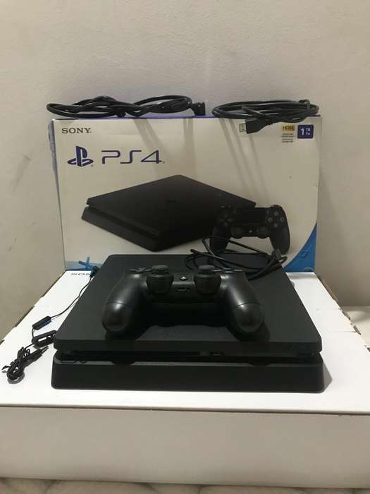 Play Station 4 Slim 1 Tera 10 de 1(0