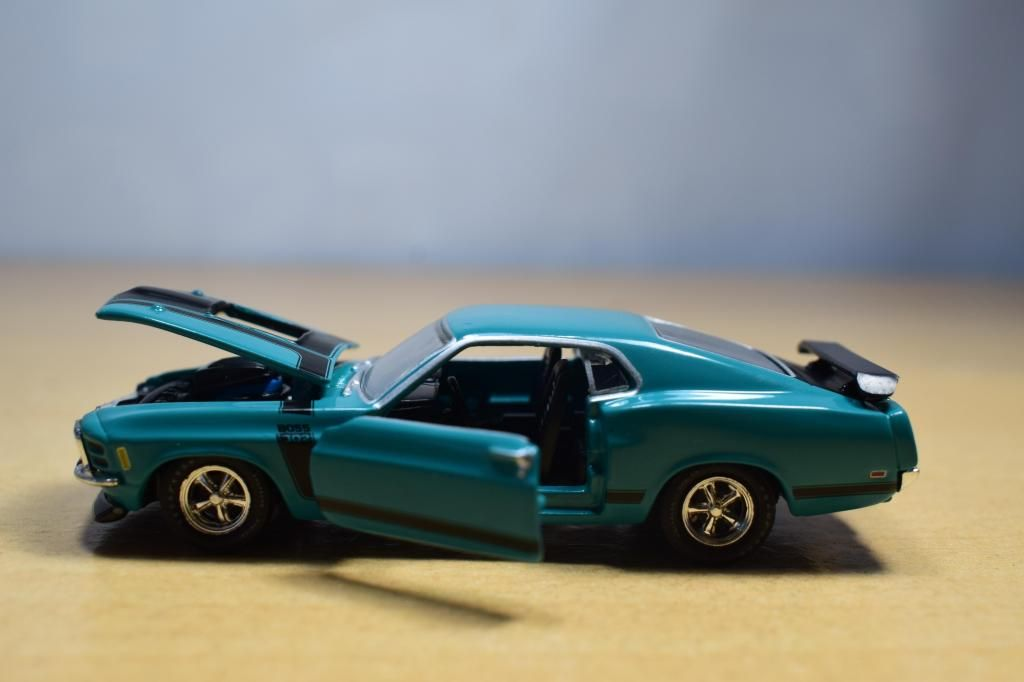 AUTO FORD MUNSTANG BOSS 302 1970