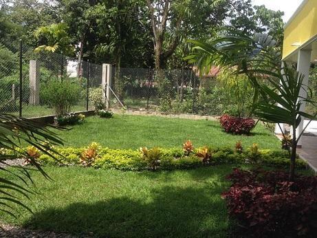 Vendo casa campestre en Villavicencio 700 mts  - wasi_1312972