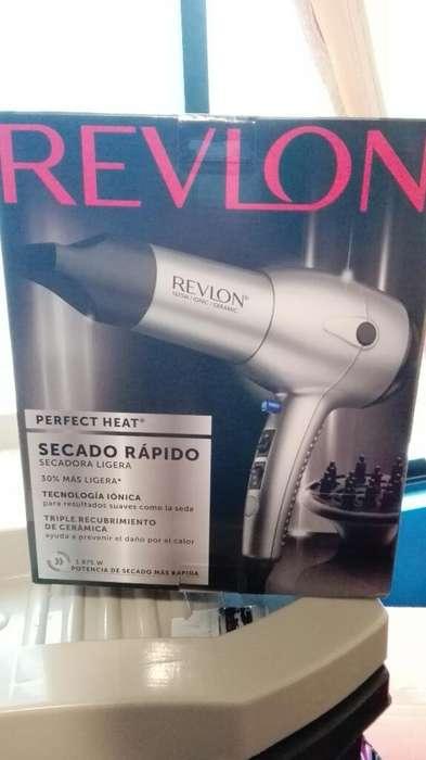 Secadora Revlon