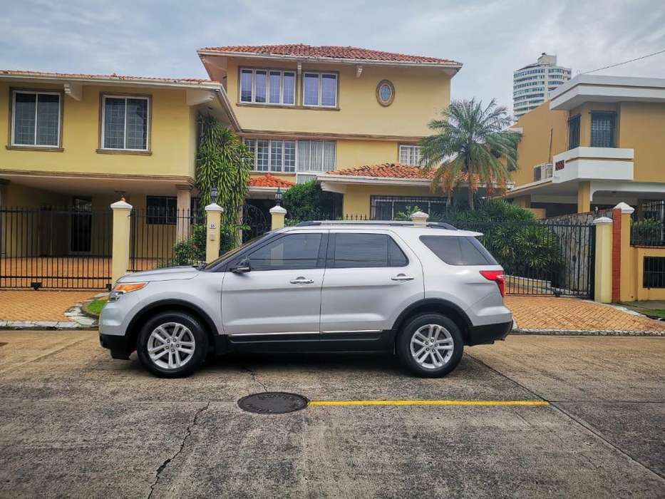 Ford Explorer 2014 - 61000 km