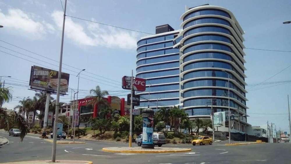 Venta de Oficina en Manta Business center