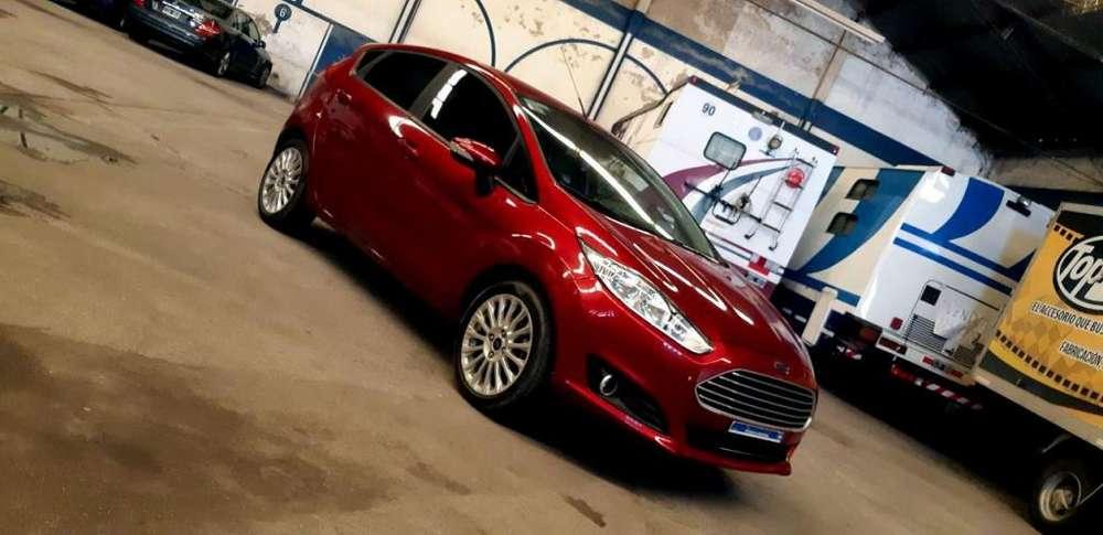 Ford Fiesta  2016 - 59000 km