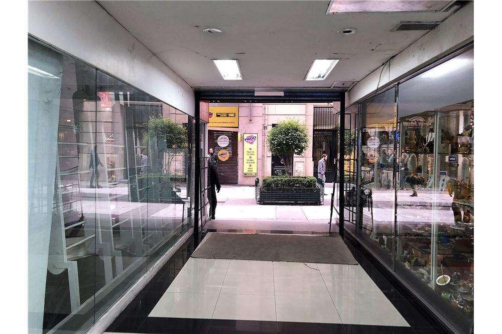 Alquiler local en Galeria en Florida y Paraguay
