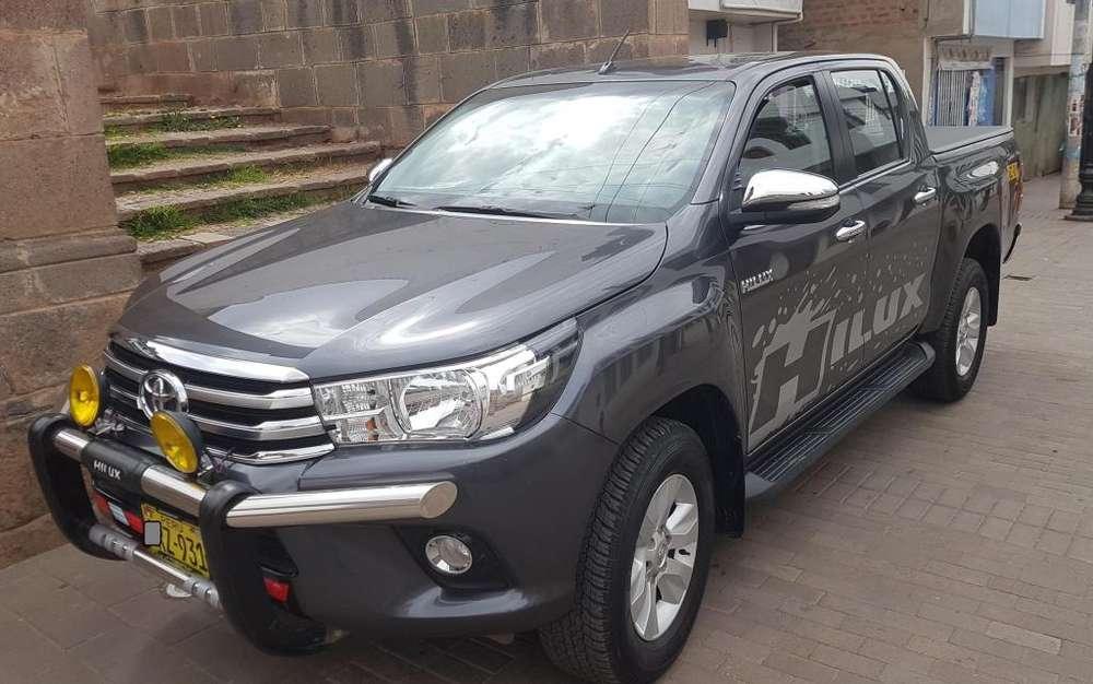 Toyota Hilux 2016 - 17000 km