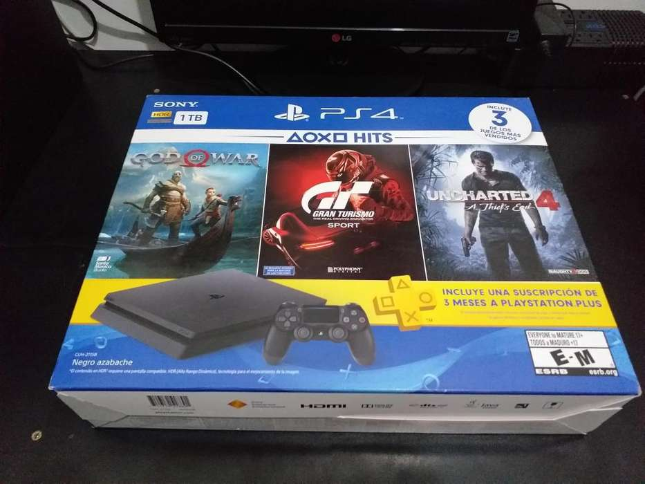 PS4 SLIM 1TB - HITS BUNDLE 3