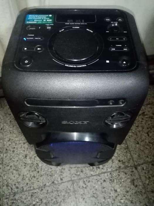 Equipo de Sonido Sony 470 watts rms , karaoke , efectos dj, luces ritmicas