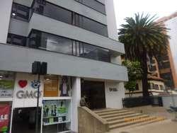 SE VENDE OFICINA. Av. Calle 72