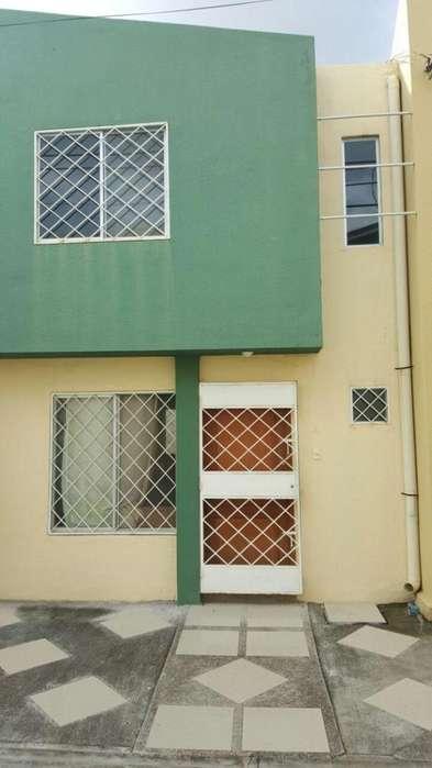 Se vende hermosa casa en Urbanizacion Valencia 60000