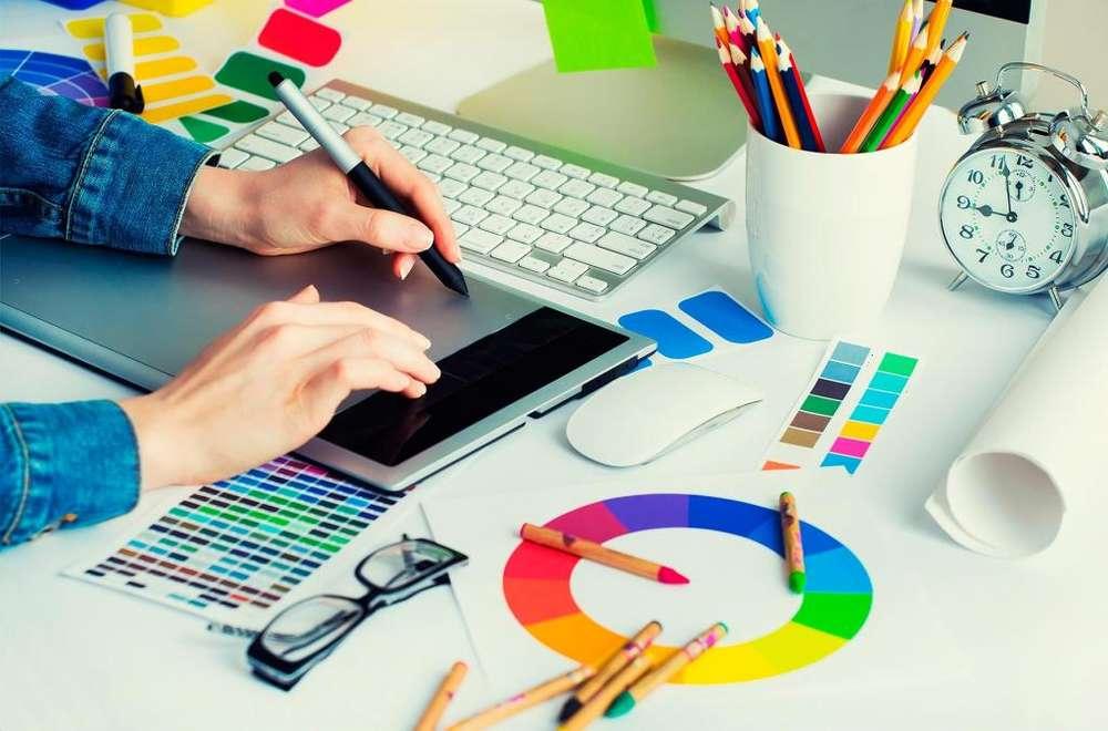 Busco Diseñador Grafico y Presentadora para redes