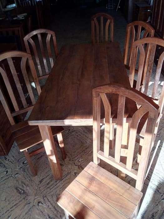 <strong>mesa</strong> de algarrobo y seis sillas