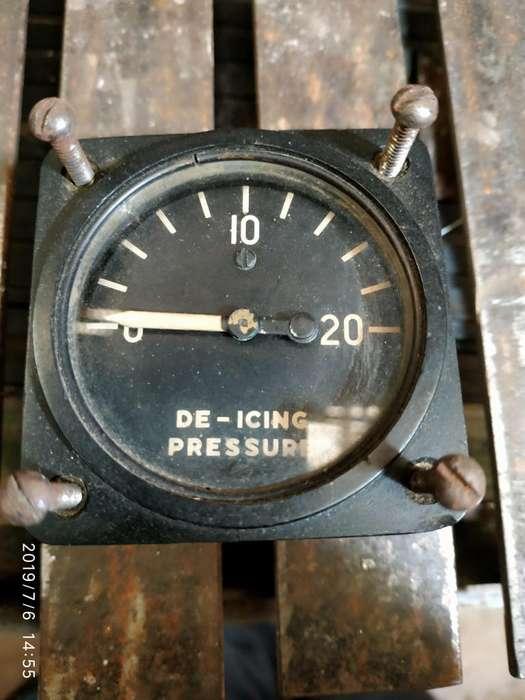 Instrumental De Avion De-icing Pressure
