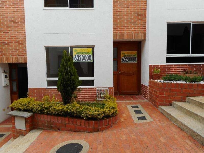 Casa En Arriendo En Bucaramanga Lagos Del Cacique Cod. ABCLV-5580
