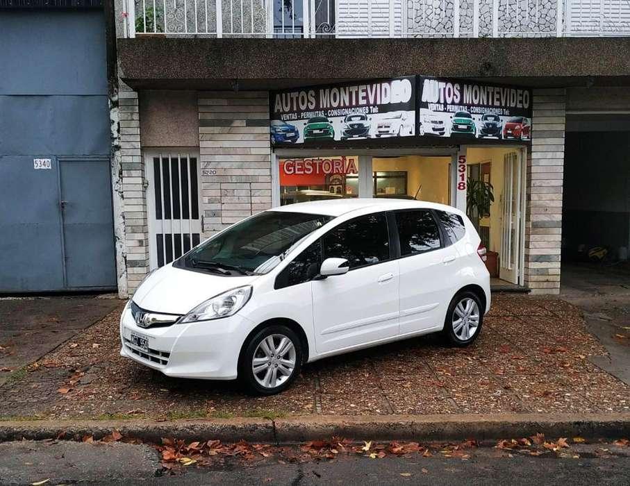 Honda Fit 2013 - 70000 km