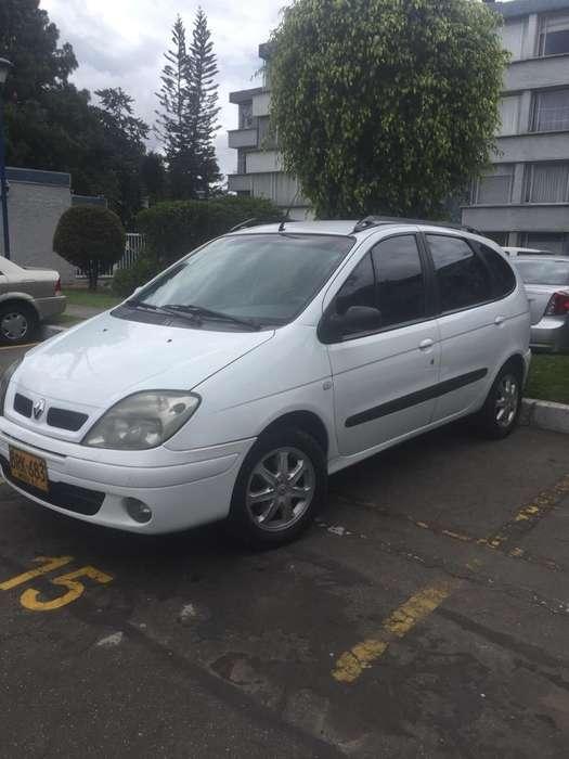 Renault Scenic  2005 - 95000 km