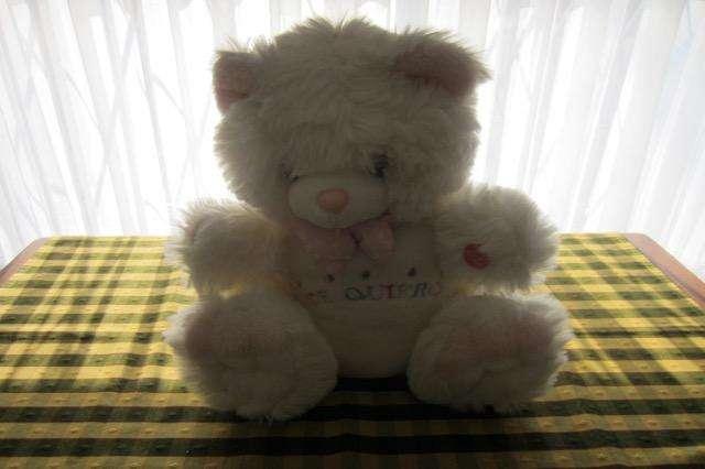 Oso de peluche blanco y rosa, de 35 cm excelente calidad!!!, impecable estado!!!